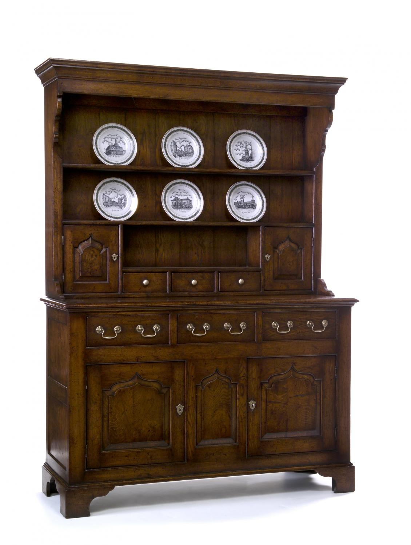Oak Dresser and Rack - Penlan