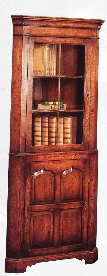 Oak Corner Cabinet - single door