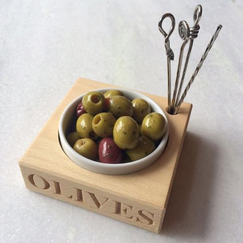 'olives' beech wood holder and dish